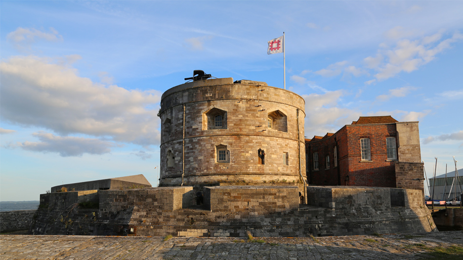 calshot castle fort