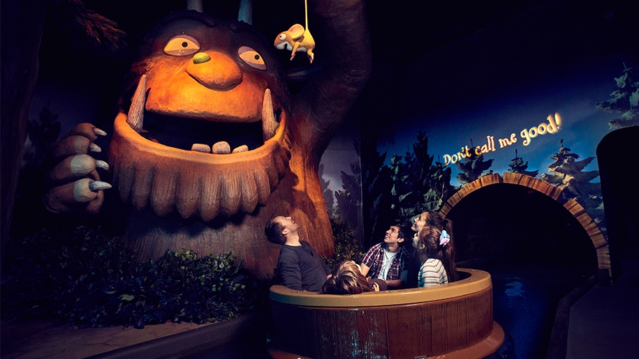 Family on Gruffalo Ride