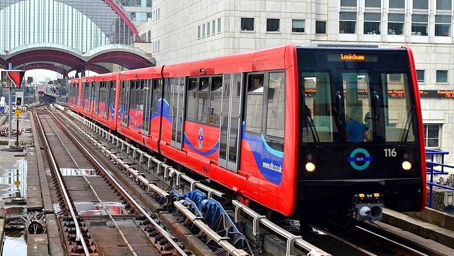 train to lewisham