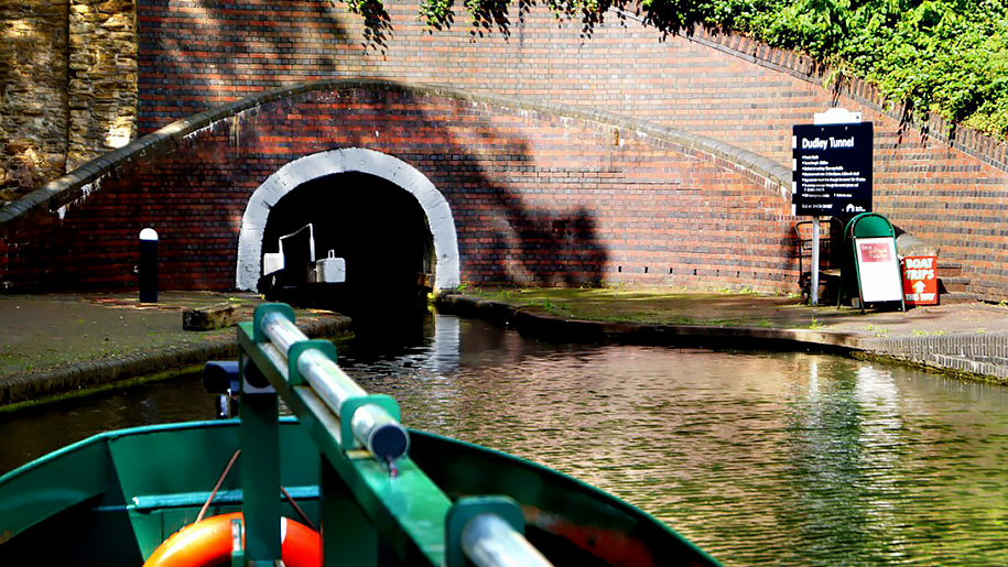 narrow boat and tunnel
