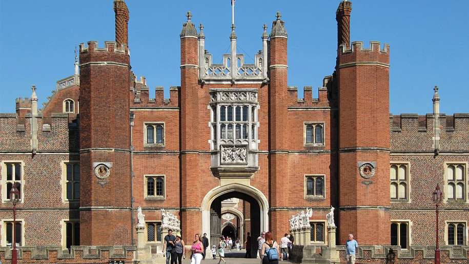 tudor front of palace