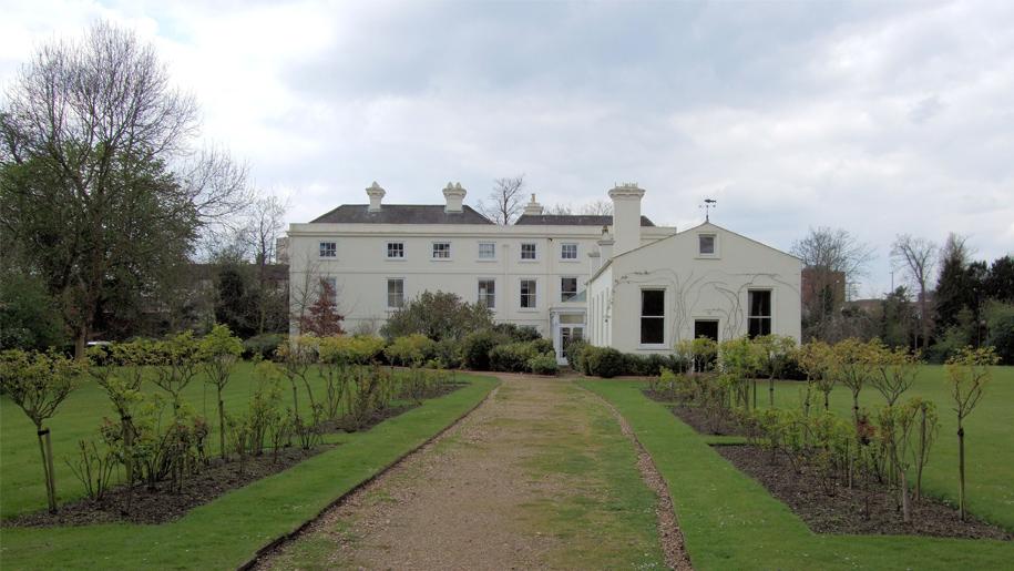 exterior morden hall park