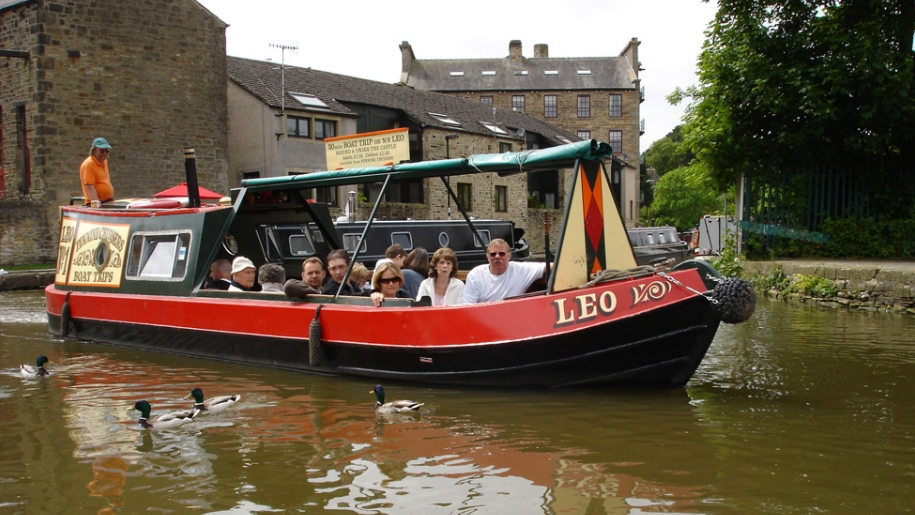 people in canal boat