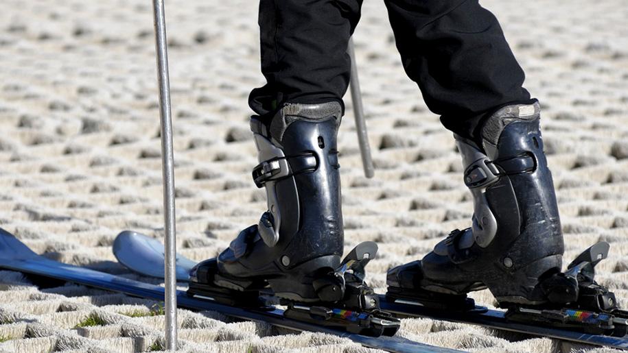 skis on dry slope