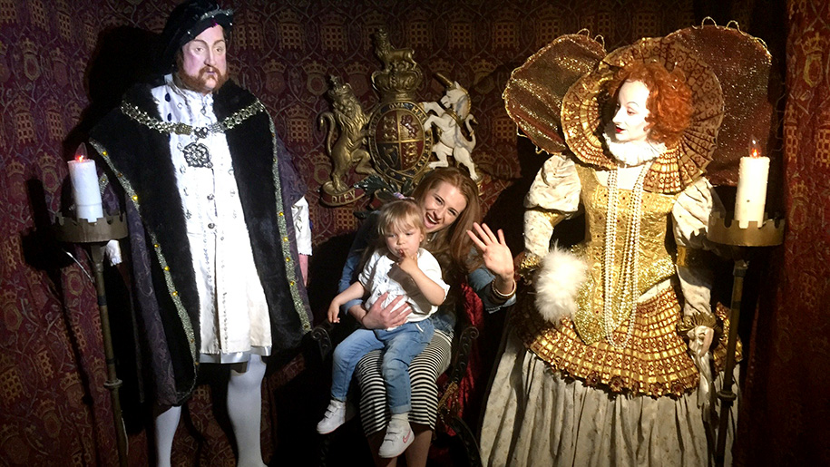 nother and child between figures of henry viii and elizabeth i