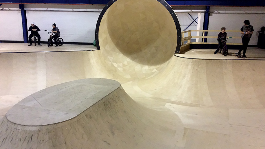 Unit3sixty indoor skatepark places to go lets go with for Indoor skatepark design uk