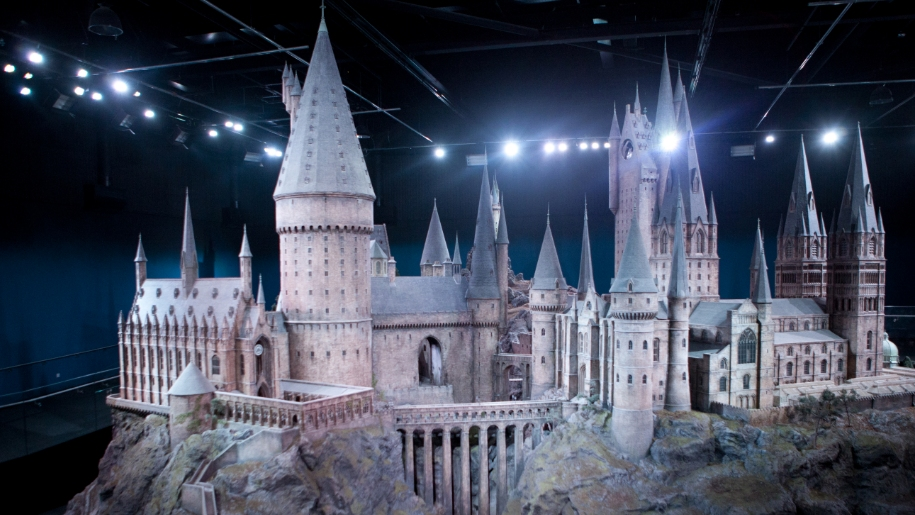 model version of Hogwarts Castle