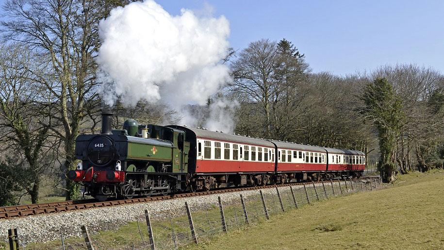 Bodmin & Wenford Railway train