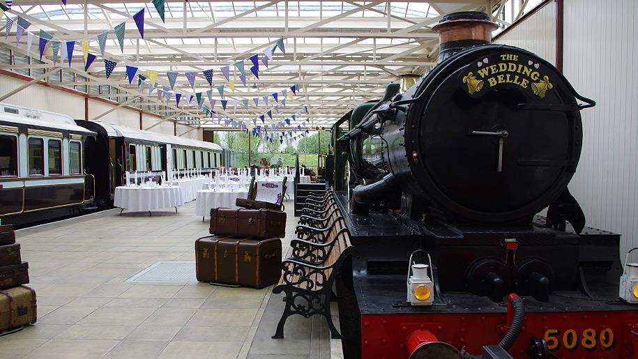 Buckinghamshire Railway Centre train wedding