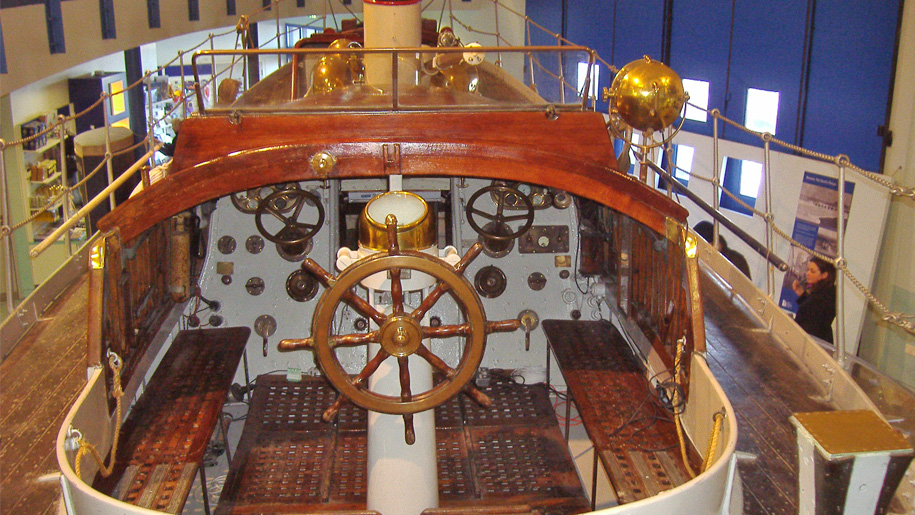 boat steering wheel and instruments
