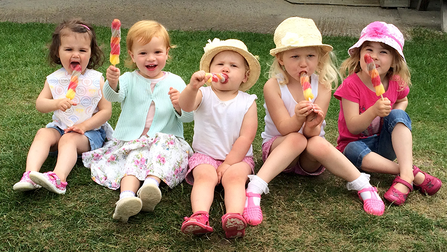 Farmer Palmers children with ice lollies