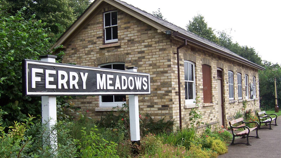 ferry meadows road sign
