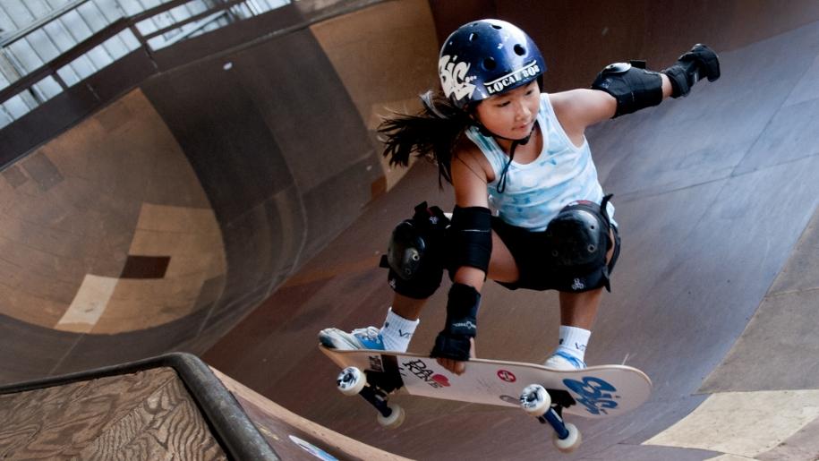 girl skateboarding