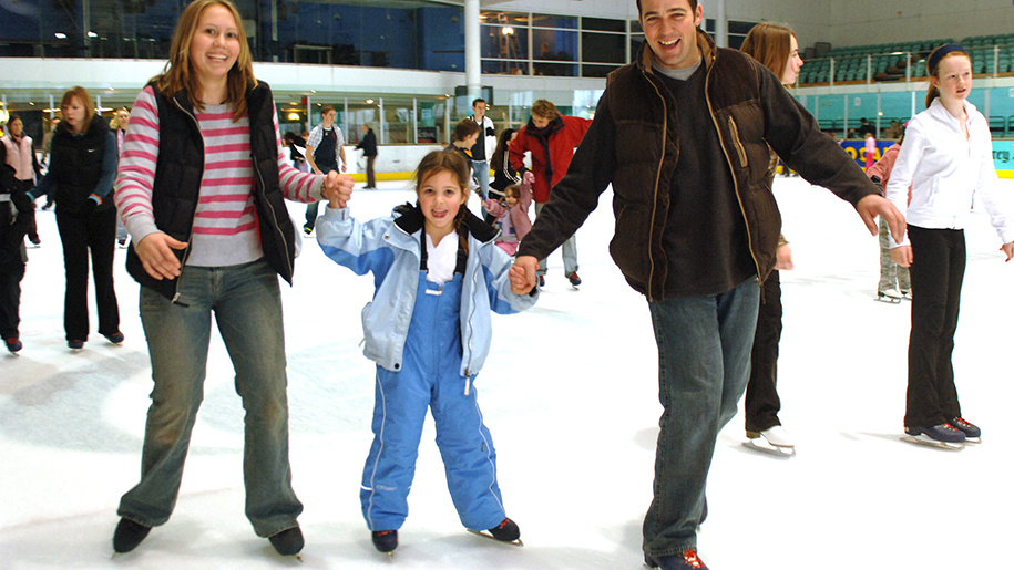 Guildford Spectrum children ice skating