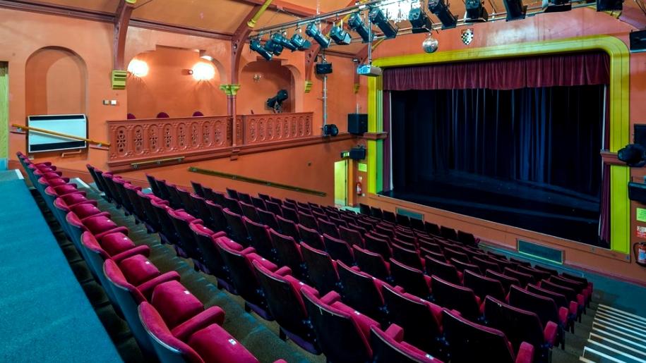guildhall arts centre theatre