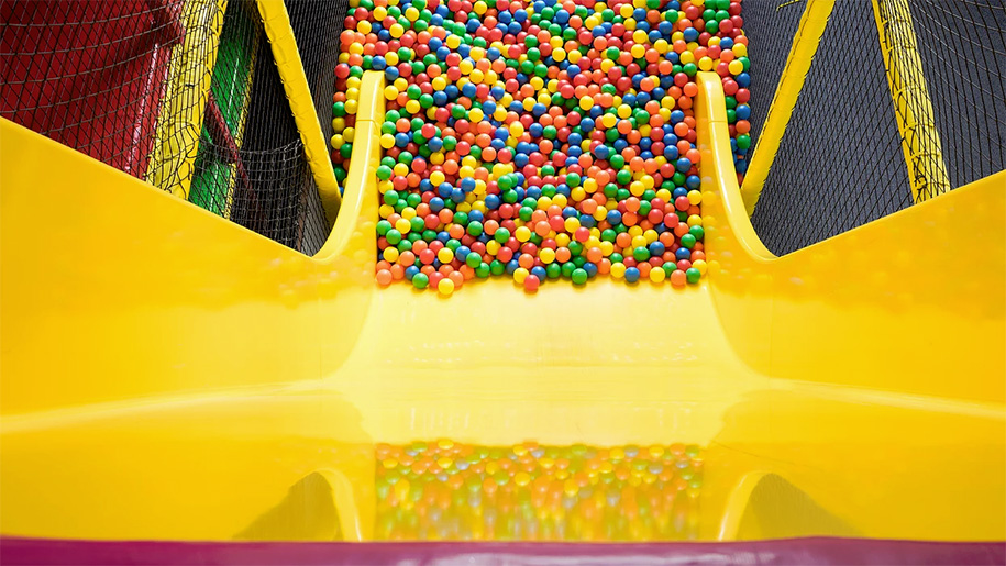 slide into ball pool