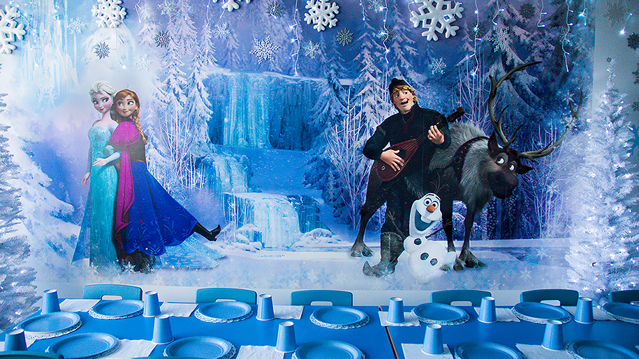 Kids'n'Action Frozen themed room