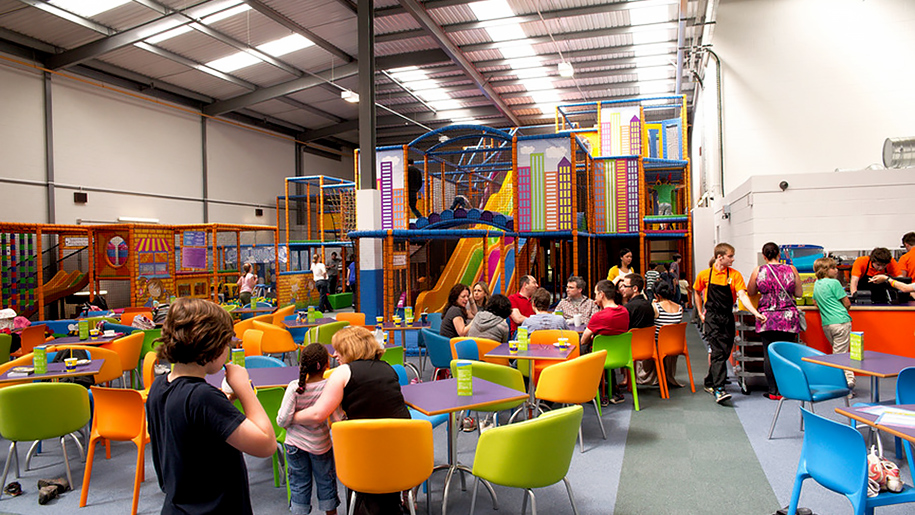 Kids'n'Action play area and tables