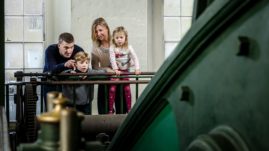 London Museum of Water and Steam children looking at machines