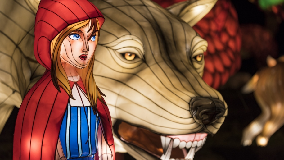 light up red riding hood and wolf