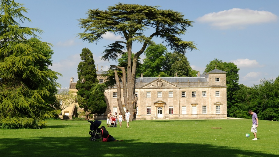 exterior of Lydiard Park and House