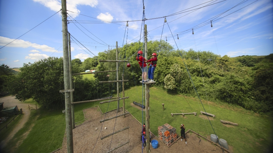 children on high ropes
