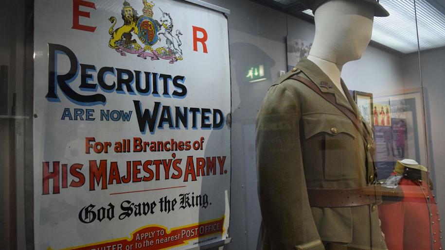 newarke museum war uniform
