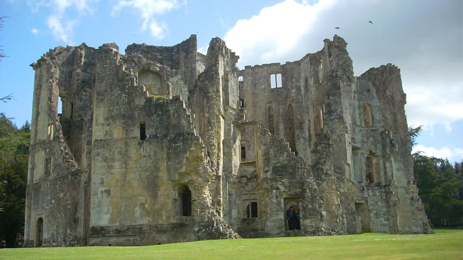 old wardour castle ruins