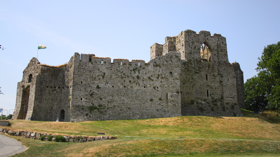 Oystermouth Castle - Places to go | Lets Go With The Children