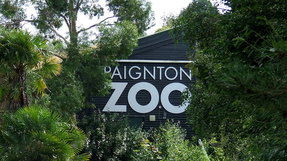 Paignton Zoo entrance to zoo