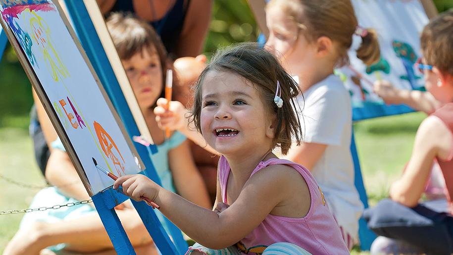 children outdoors activities