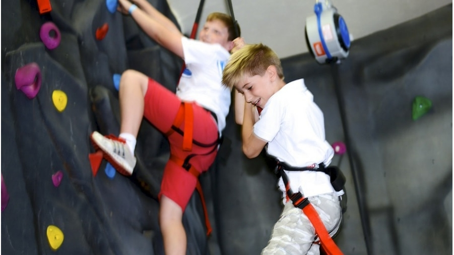 boys climbing