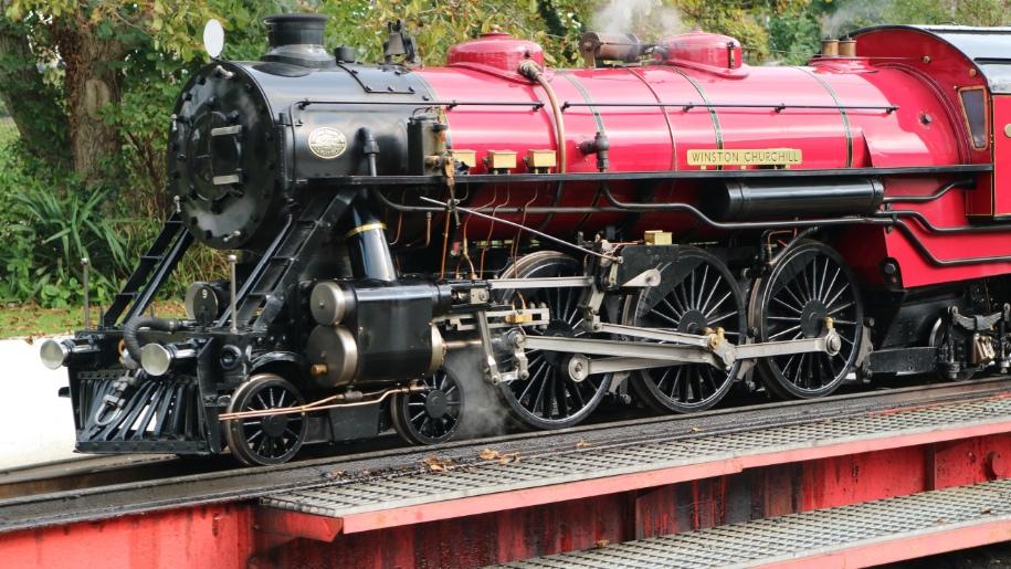 Romney, Hythe, Dymchurch railway train