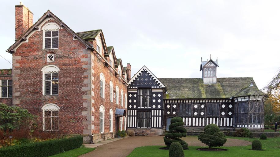 rufford old hall tudor house