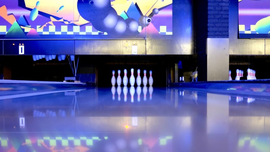 Tenpin Swindon Places To Go Lets Go With The Children
