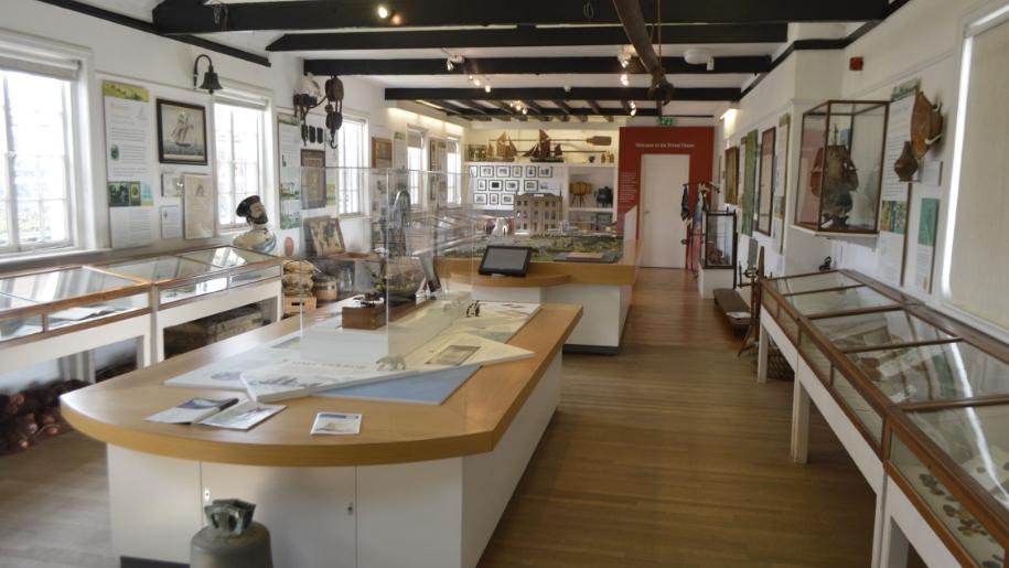 topsham museum exhibit