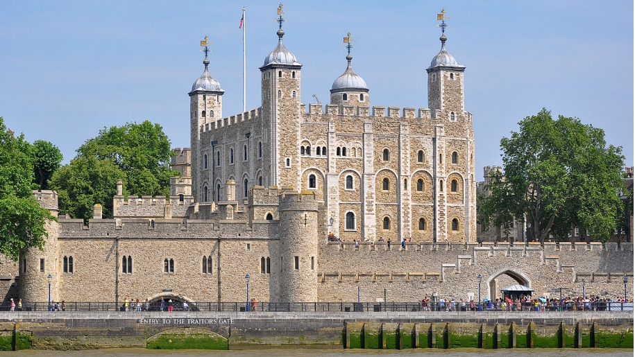 Tower of London exterior view