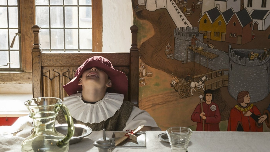 boy dressed as tudor