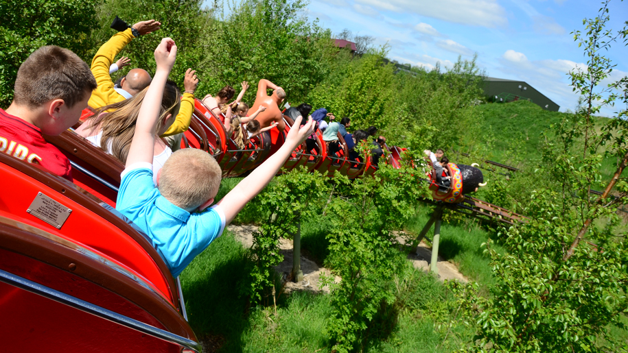 Twinlakes Theme Park children riding on roller coaster