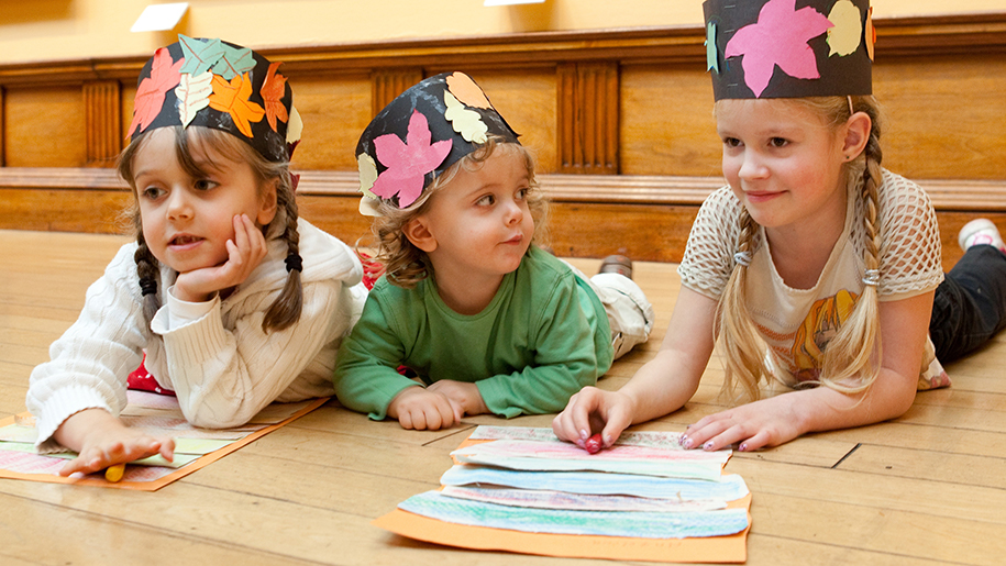 The Victoria Art Gallery children drawing