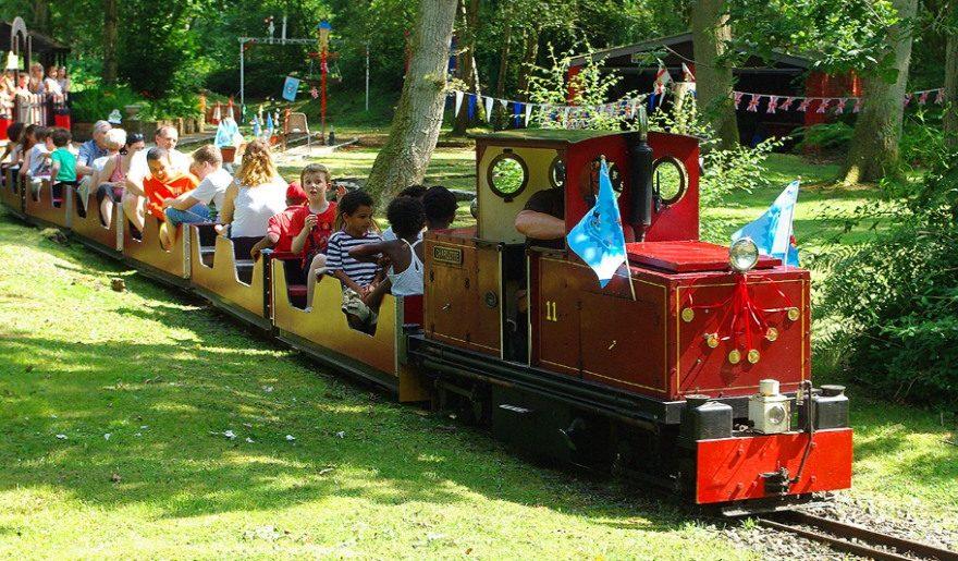 Wellington County Park families on train