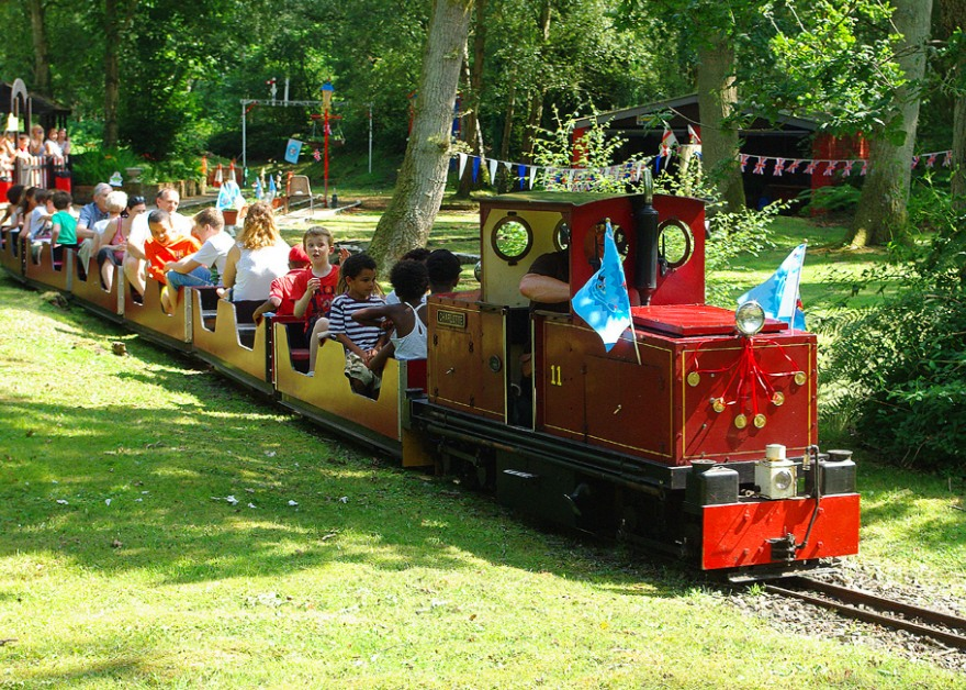Wellington County Park families on train