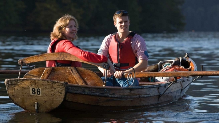 couple in rowing boat