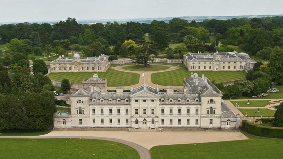 woburn abbey and gardens aerial photo