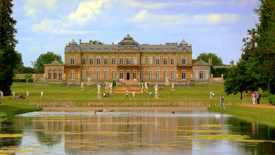 Mansion house in front of lake