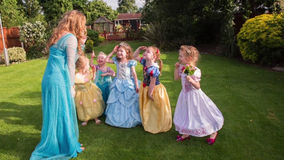 Girls dressed up as Princesses