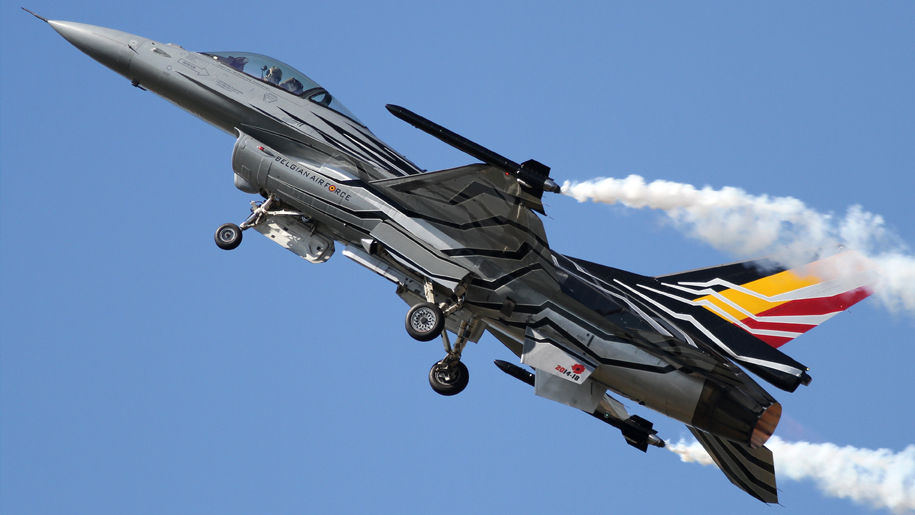 RNAS Yeovilton International Air Day Belgian F-16 flying