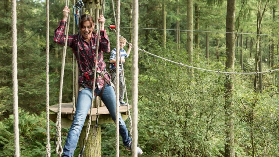 Go Ape woman climbing