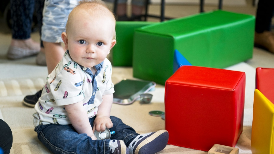 child in soft play