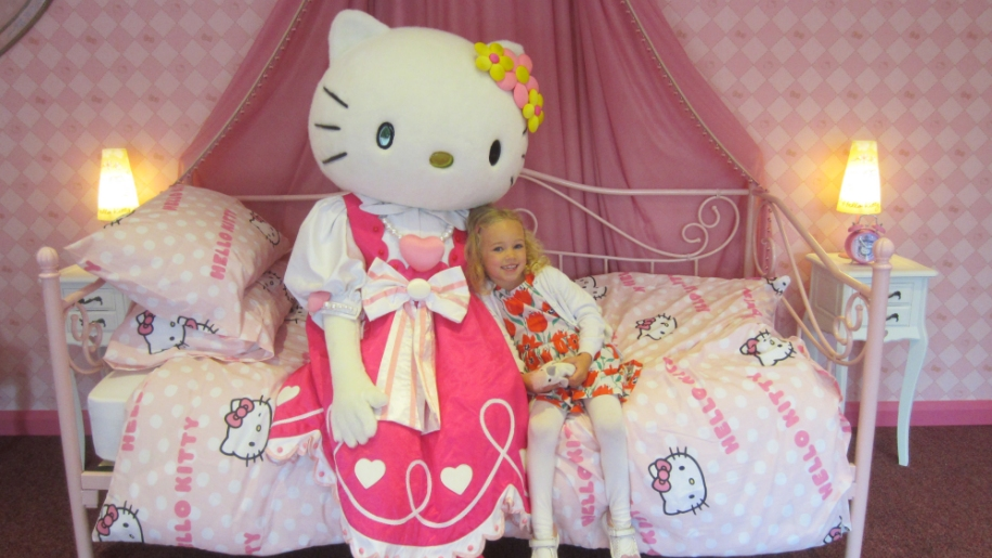 Hello Kitty and girl at Drusillas Park
